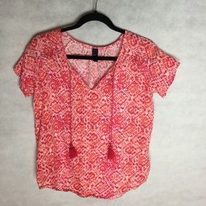 GAP blouse pink pattern with tassels